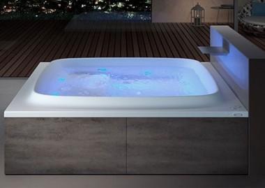 Vasche idromassaggio da esterno: benessere e comodità impareggiabile